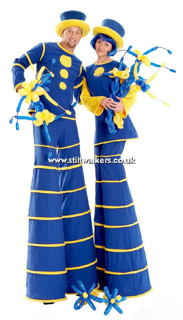 Balloon Modelling Stilt Walkers